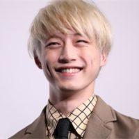 坂口健太郎の最新画像(高画質)!タラレバの金髪姿が人気!