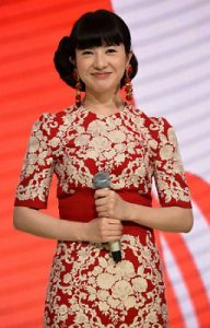吉高由里子 紅白 衣装 ブランド ドルチェ&ガッバーナ