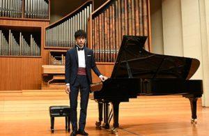 坂口健太郎 ピアノ 経験