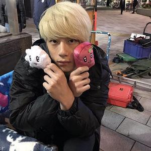 坂口健太郎 髪型 タラレバ